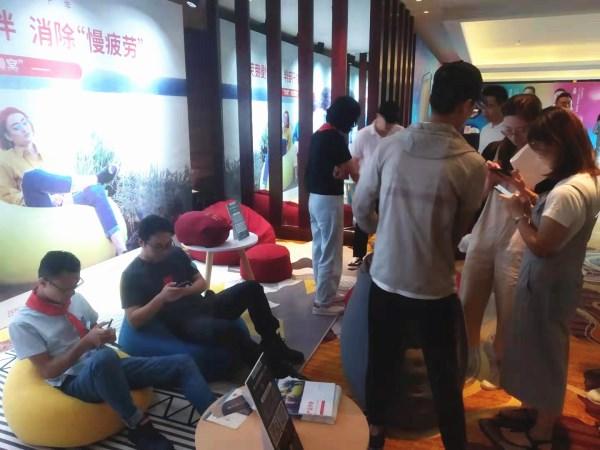 luckysac懒人沙发体验感真的好 共同体学员涌跃集赞领沙发